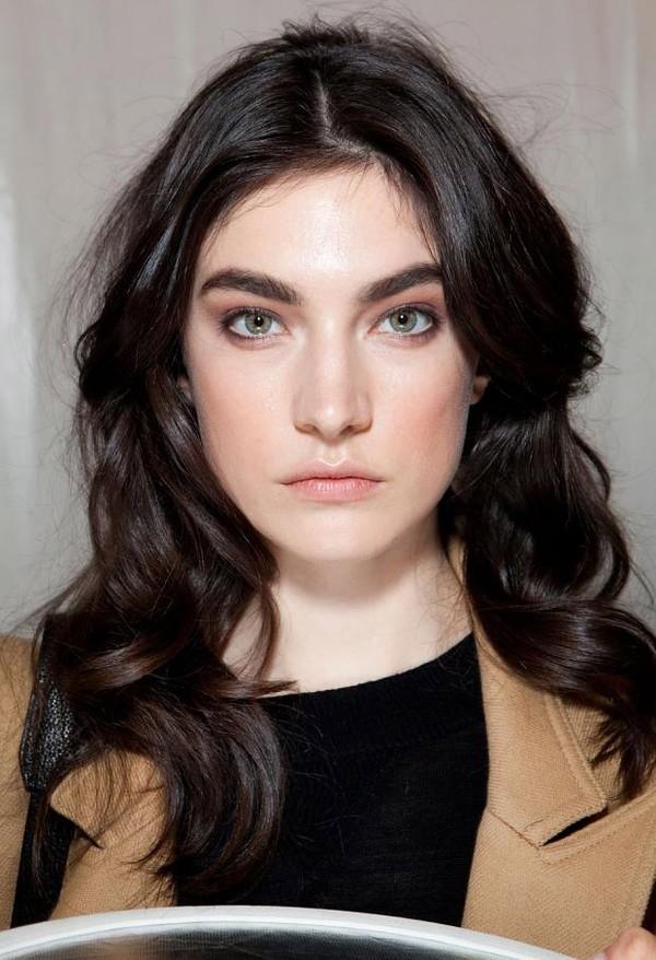 Bí quyết chọn tóc xoăn che khuyết điểm khuôn mặt 7