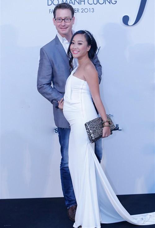 5 cặp đôi thành đạt và sành điệu nhất showbiz Việt 11