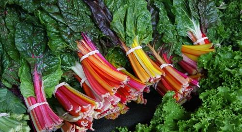Những phần tốt nhất của rau củ thường bị gọt bỏ 1