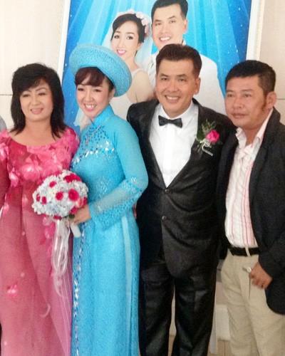 Ở tuổi 51, nghệ sĩ hài Hữu Nghĩa cưới vợ trẻ đẹp 3
