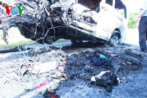 Hình ảnh vụ tai nạn thảm khốc tại Thái Lan làm 12 người Việt tử nạn 6