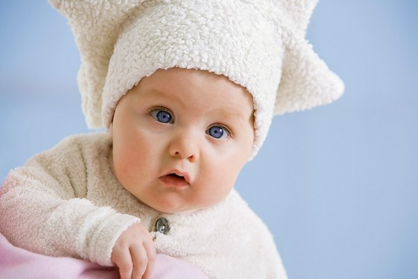 Những đồ dùng mẹ phải sắm cho bé vào ngày lạnh 1