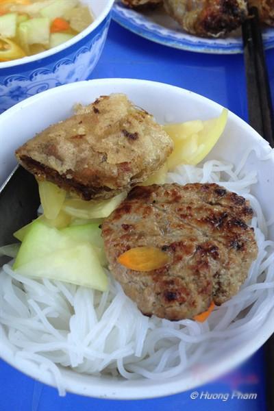 Những quán ăn đắt khách không cần bảng hiệu của Sài Gòn 3