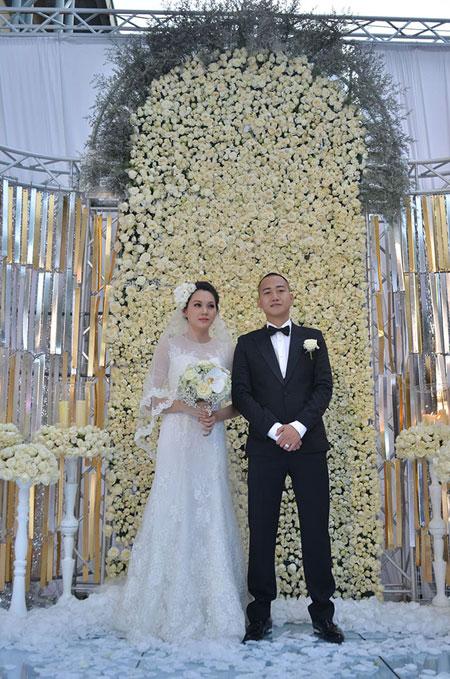 Ngọc Thạch tổ chức tiệc cưới ấn tượng tại Hà Nội 10