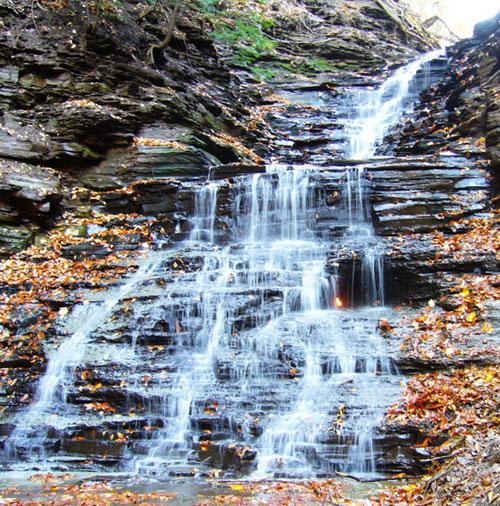 """Những thác nước """"kỳ lạ"""" nhất thế giới 2"""