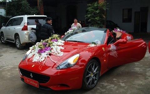 Bộ sưu tập siêu xe của các nữ đại gia Việt 5