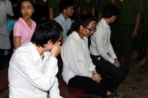 Hoa hậu Mỹ Xuân bị phạt 30 tháng tù 2