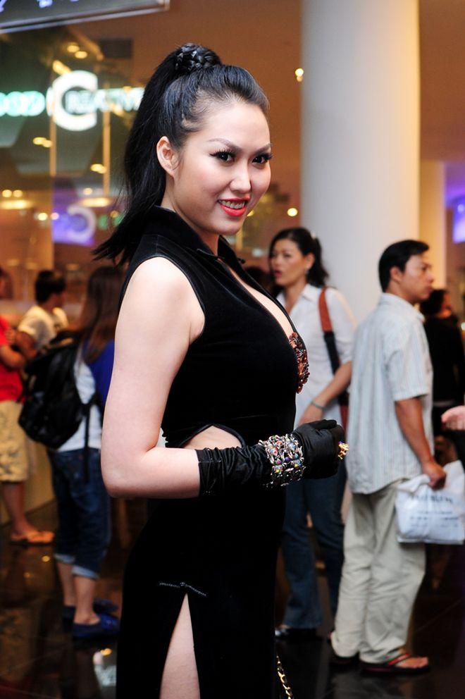Phi Thanh Vân xuất hiện nóng bỏng mặc tin đồn… cướp chồng 9