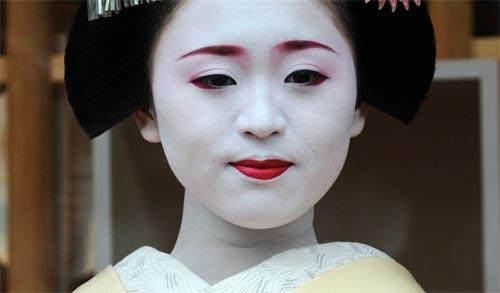 Ngắm các nữ sinh geisha Nhật xinh đẹp xuống phố 6