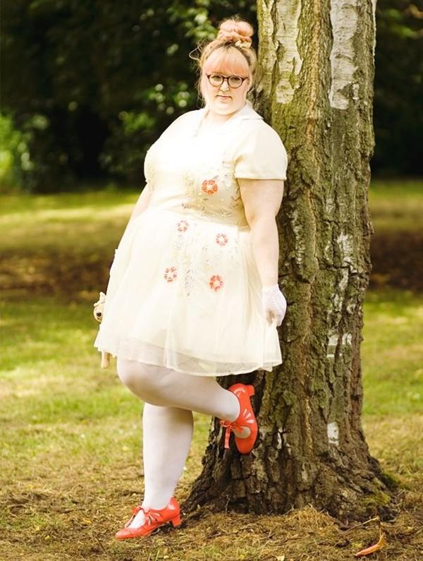Những cô nàng béo phì nhưng vẫn xinh đẹp nổi tiếng 11