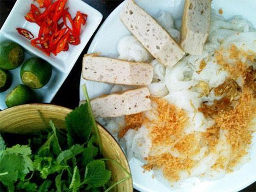 20 địa điểm ăn vặt ngon nức tiếng Hà Nội 17