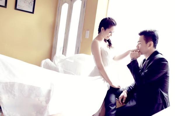 Chiêm ngưỡng ảnh cưới đẹp long lanh của Hoa hậu Biển Vân Anh 3