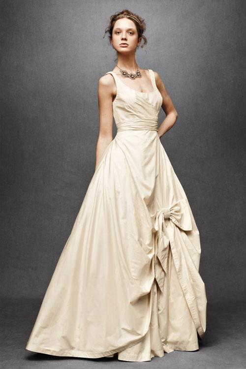"""10 váy cưới vintage """"trong mơ"""" cho cô dâu mùa thu 5"""