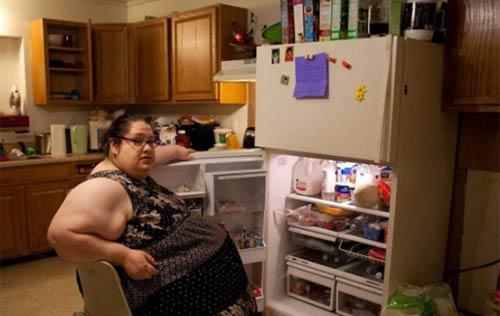 Cuộc sống thường ngày của bà mẹ 453kg 8