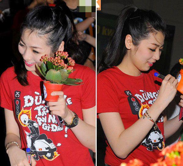 """5 """"nữ hoàng áo phông"""" của showbiz Việt 15"""
