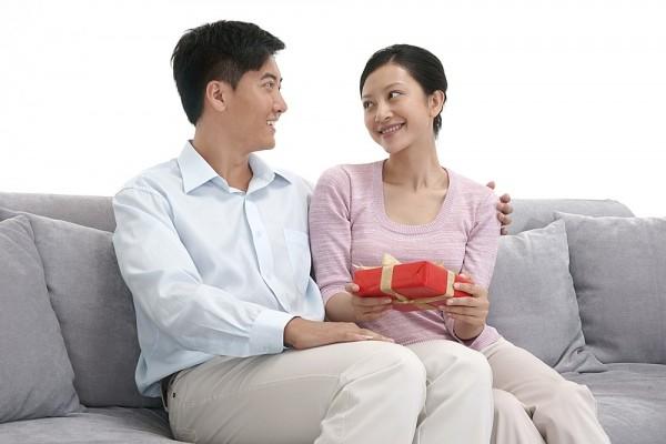 Ứa nước mắt với món quà muộn của vợ 1