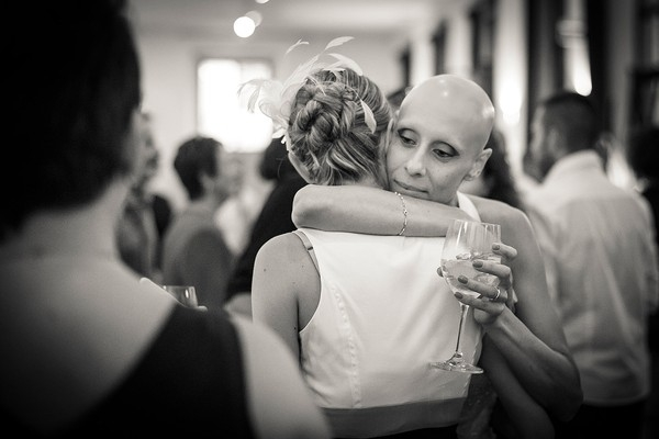 Cô dâu bị ung thư đẹp ngỡ ngàng trong ngày cưới 28