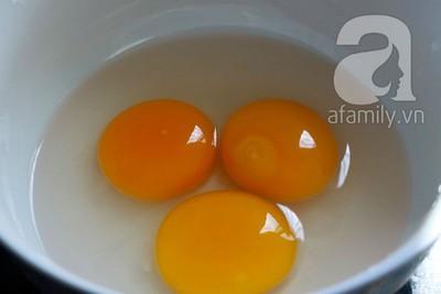 Lạ miệng ngon cơm với nấm hấp trứng muối 5