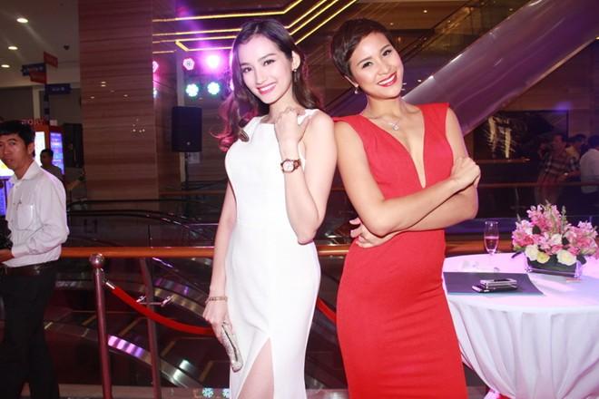 Ngô Thanh Vân nổi bật với chiếc nhẫn giá hàng trăm triệu 7