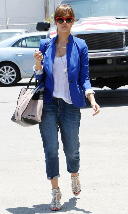 10 cách diện đẹp với blazer xanh 18