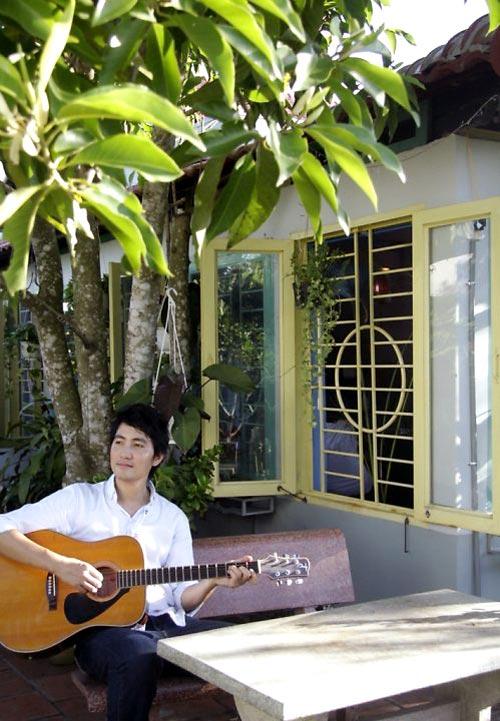 Ngó nghiêng nhà đẹp của Nguyễn Phi Hùng 26