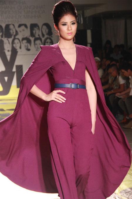Ngọc Hân mặc trang phục lộ vùng ''tam giác'' 6