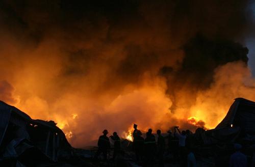 Biển lửa bao trùm nhà máy Diana Bắc Ninh 4