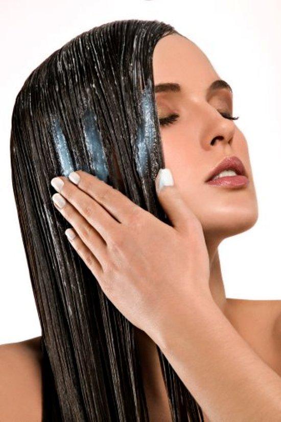 Bí quyết chăm sóc mái tóc mùa lạnh 1