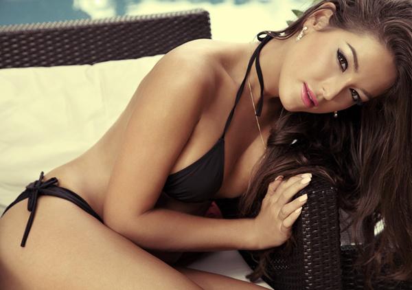 Hà Anh bốc lửa bên top 3 Miss Global 7