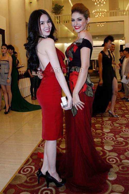 Phong cách thời trang quyến rũ của Ngọc Trinh 39