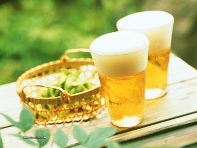 Uống bia điều độ giảm nguy cơ viêm khớp dạng thấp 1