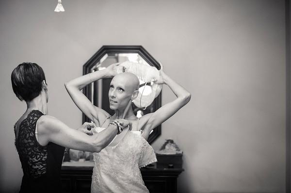 Cô dâu bị ung thư đẹp ngỡ ngàng trong ngày cưới 8