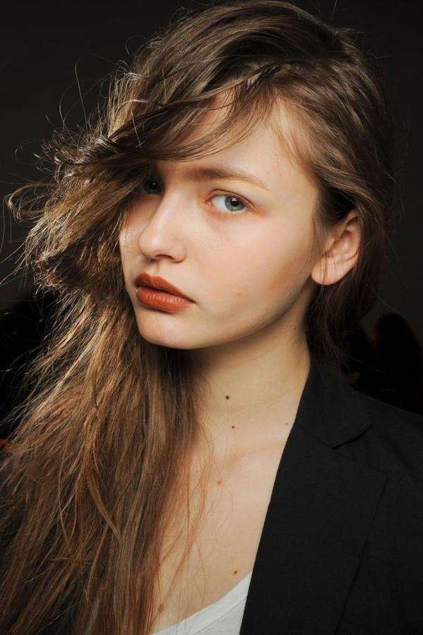 Tự thực hiện 3 kiểu tóc dịu dàng cho mùa thu 3
