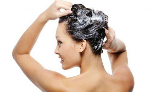 Lý do nên để mái tóc bẩn 1