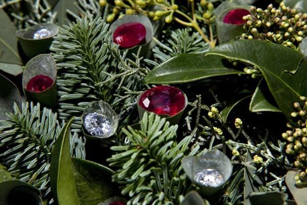 Cận cảnh vòng hoa Giáng sinh có giá 100 tỷ đồng 3