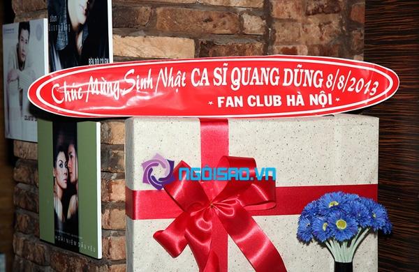 Mẹ Quang Dũng lần đầu xuất hiện trong tiệc sinh nhật sớm của anh 6