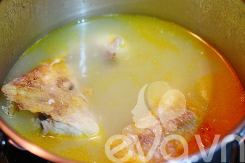 Canh cá nấu măng chua cho cả nhà 8
