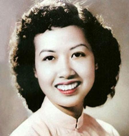 Chuyện về nữ phát thanh viên tiếng Anh huyền thoại của Việt Nam 1