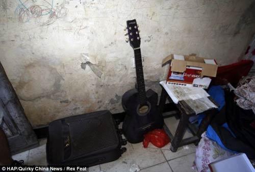 11 ngày kinh hoàng của thiếu nữ bị bắt cóc làm nô lệ tình dục trong hầm 3