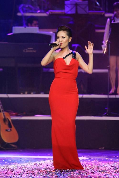 Những mỹ nhân Việt mặc đẹp dù có chiều cao khiêm tốn 8