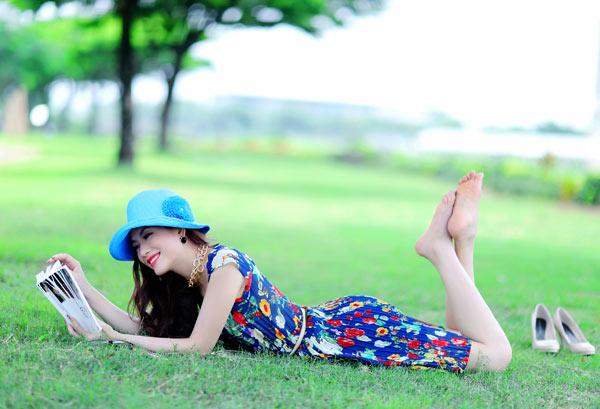 Hoa hậu Yến Nhi duyên dáng cùng nón thu 3