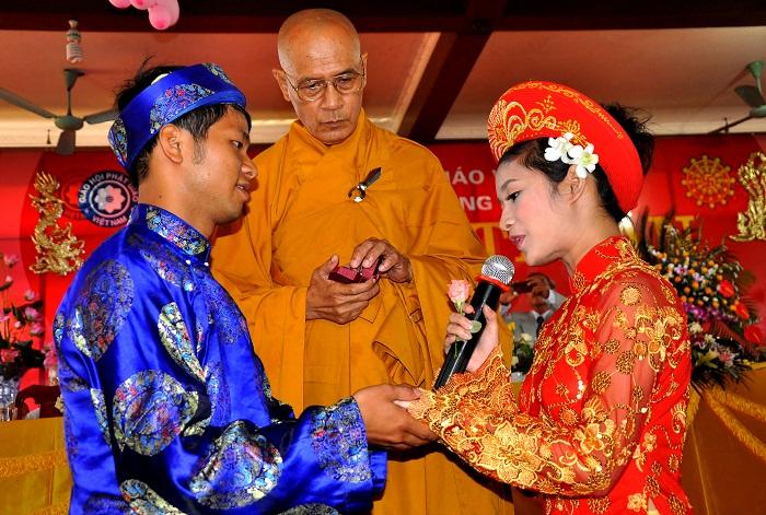 Hà Nội: Kết hôn tập thể theo nghi thức Phật giáo cho 14 đôi tân duyên 6