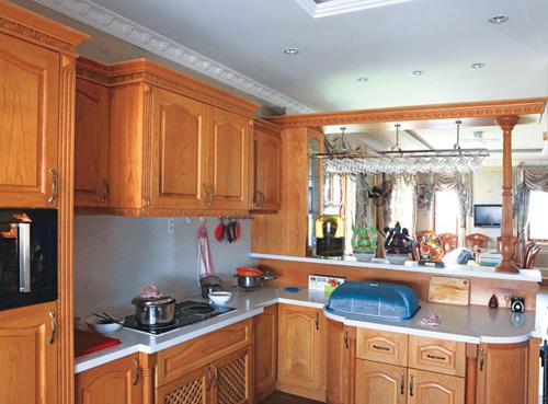 Chọn tủ bếp hài hòa không dễ! 3