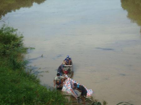 Bắt khẩn cấp 6 nghi phạm liên quan vụ xác chết trôi trên sông 1