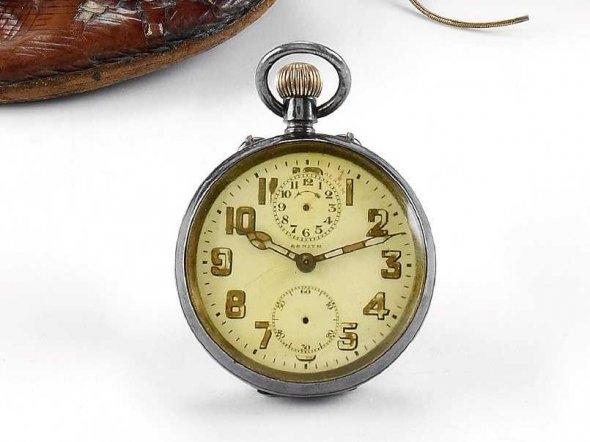 Đồng hồ cổ triệu đô đẹp lung linh 10