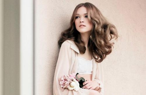 5 kiểu tóc mùa thu lãng mạn, dễ áp dụng 13
