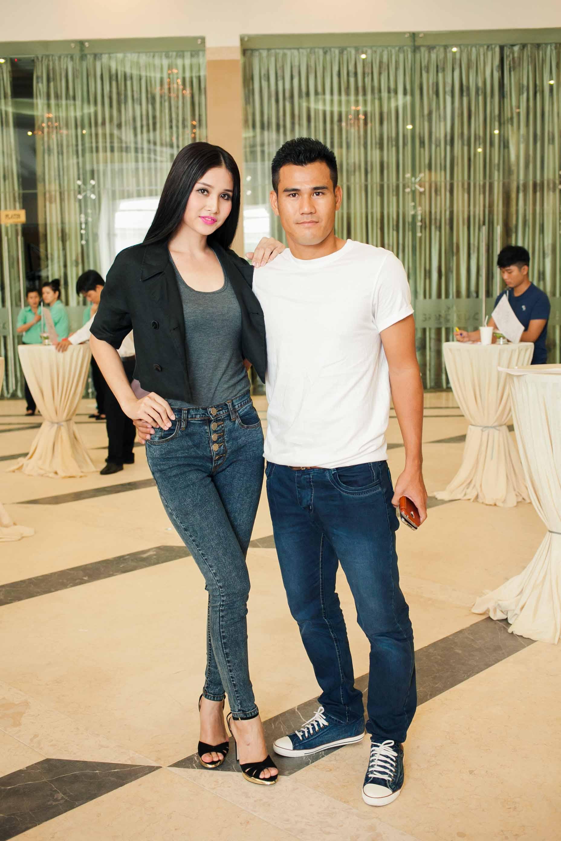 Vợ tiền đạo Phan Thanh Bình bị chê trang điểm đậm ở Top Model 4