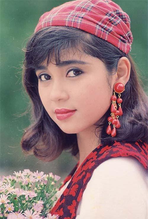 Việt Trinh - người đàn bà đi qua giông bão 2