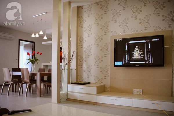 Ngắm căn hộ sang trọng với nội thất tông trầm ở TP Hồ Chí Minh 3