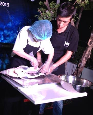 Đại gia Sài Gòn chi 1 tỷ mở tiệc trứng cá xa xỉ cuối năm 1